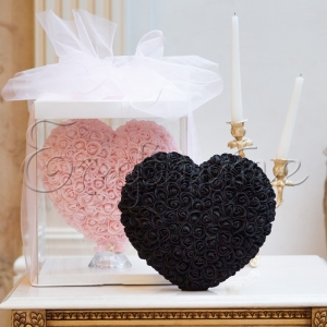 LOVE HEART with roses  BLACK -  СЪРЦЕ от рози