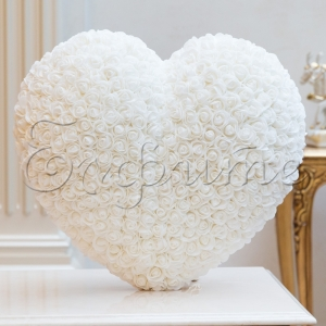 LOVE HEARTS with roses BIG WHITE -  СЪРЦЕ от рози
